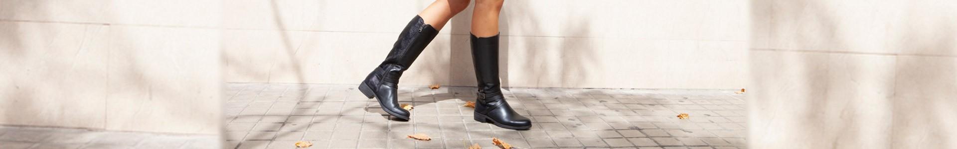 Tacon boots